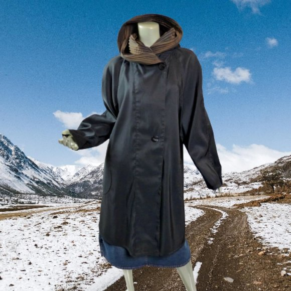 Mycra Pac Now Donatella Hooded Raincoat Reversible